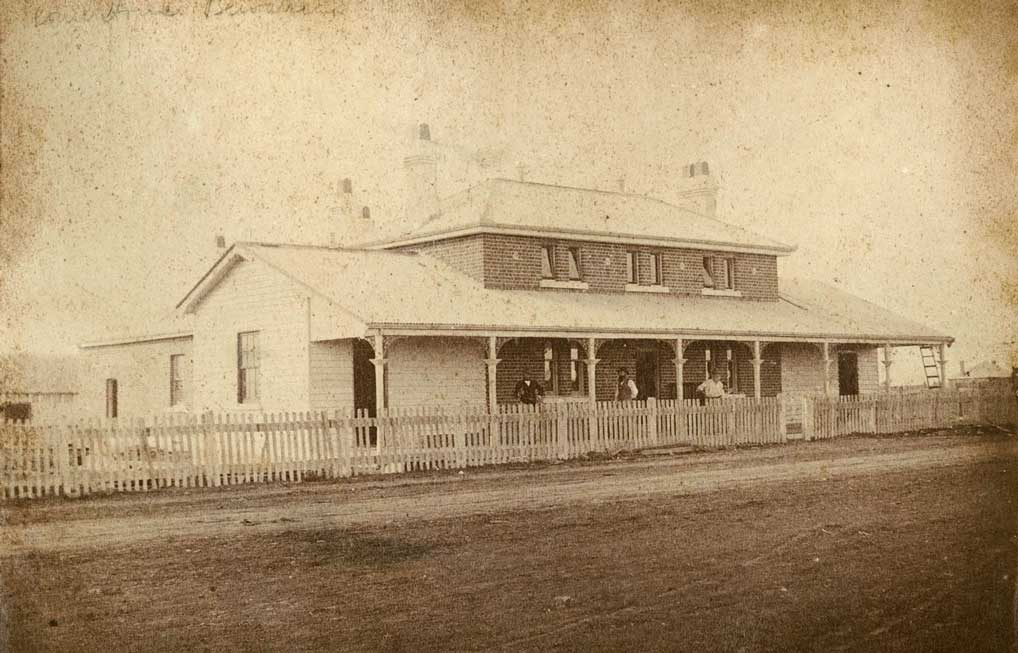 Brewarrina courthouse, built 1872. Photo ID: SRNSW 4346_a020_ a020000335.jpg